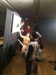 2015 NLCY Workshop Schattentheater 1_Foto_Goethe-Institut Korea_Andrea Bach